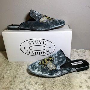 🆕NIB Embroidered Bee Steve Madden Velvet Mule